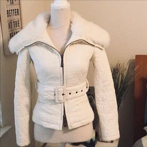 2BEBE Quilted Faux🐰Fur & Vegan Fitted👙Jacket